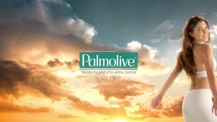 100 anuncios publicitarios con eslogan: Mejores slogans. Jabón Palmolive: Siente tu piel y tu alma cantar.