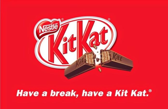 100 anuncios publicitarios con eslogan: Mejores slogans. Kit Kat: tómate un descanso, cómete un Kit Kat.