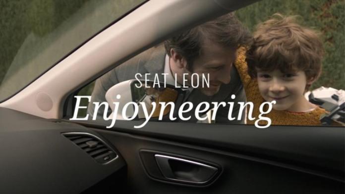 100 anuncios publicitarios con eslogan: Mejores slogans. Seat: El disfrute de la ingeniería.