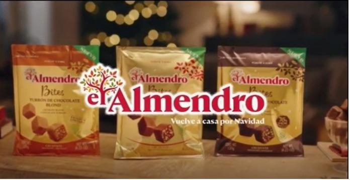 100 anuncios publicitarios con eslogan: Mejores slogans. Turrón El Almendro: Vuelve a casa por Navidad.