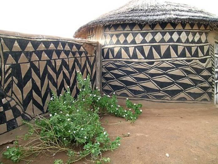 Burkina Faso: Villa de Tiébélé