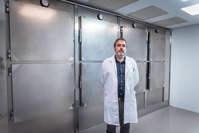 Albert Estrada, jefe del servicio médico de Cecryon