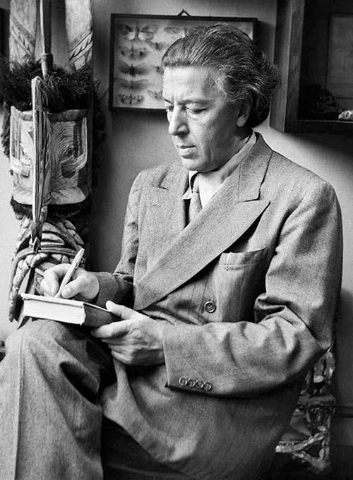 André Bretón está considerado el padre de la escritura automática.