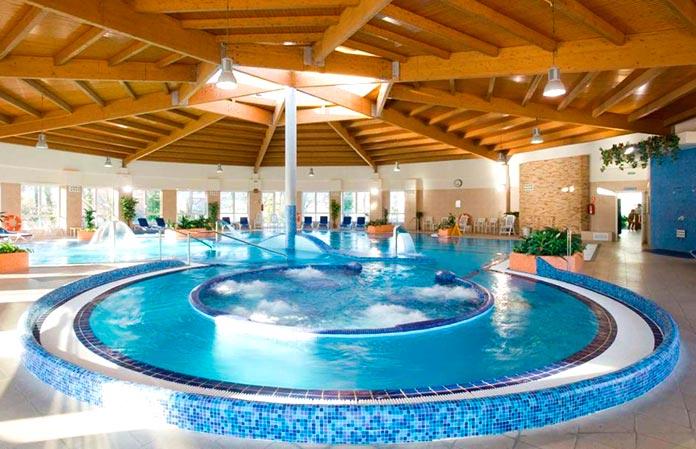 Balneario de Mondariz - piscina spa