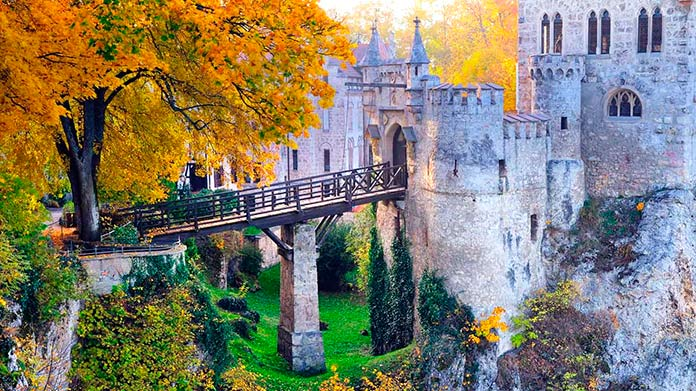Puente de entrada al Castillo