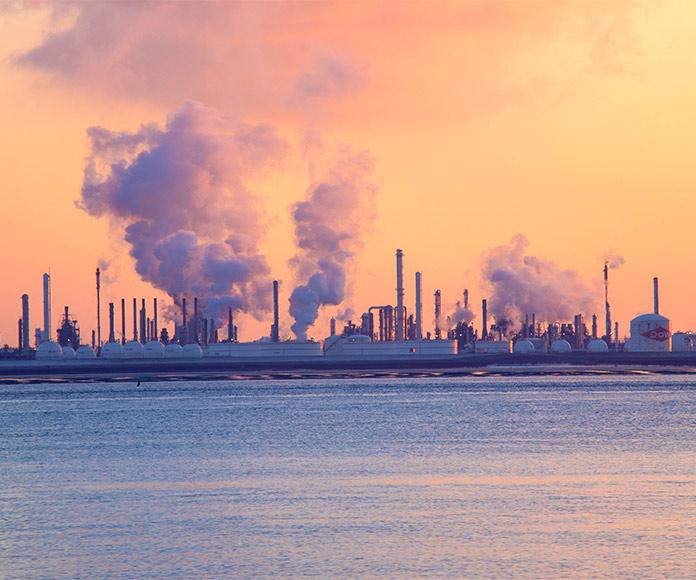 Cómo funciona una refinería de petróleo