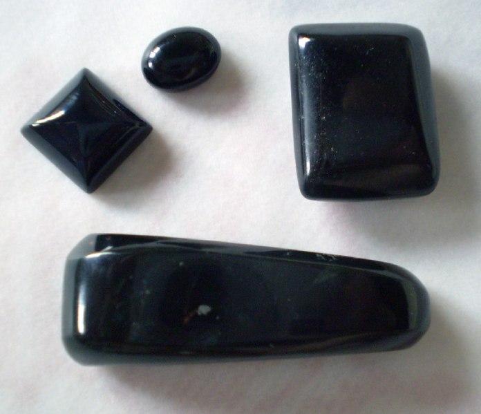Cristales: Ónix Negro