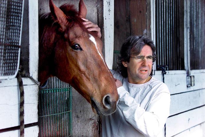 Davy Jones con uno de sus caballos