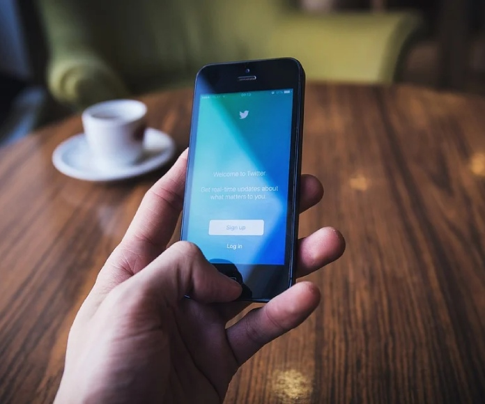 Desaparece el huevo de Twitter como medida contra el ciberbullying
