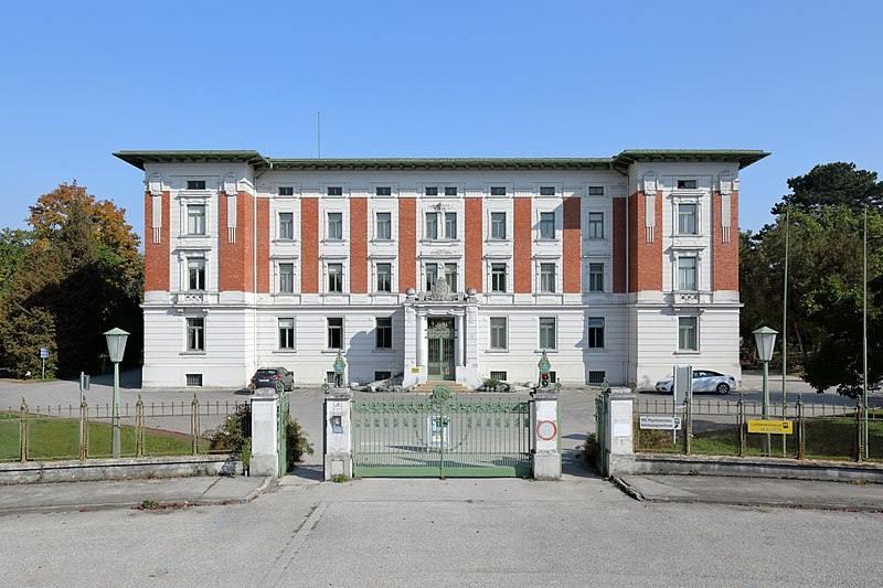 Desapariciones misteriosas + Hospital-donde-fue-Josef-Fritlz-fue-desenmascarado