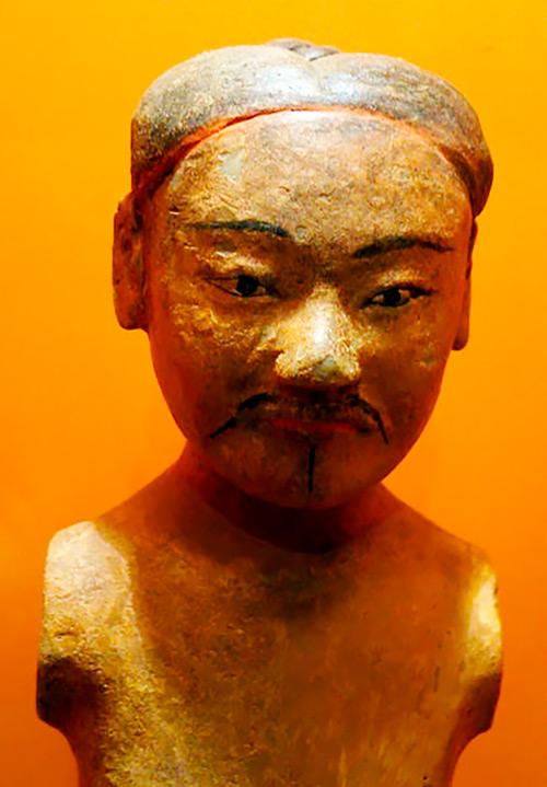 Soldado de terracota policromado, dinastía Han occidenta