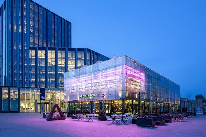 Edificios sostenibles - The Green House