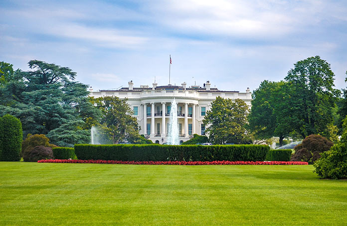 Famous buildings rebuilt after tragedies - The White House in Washington DC, USA