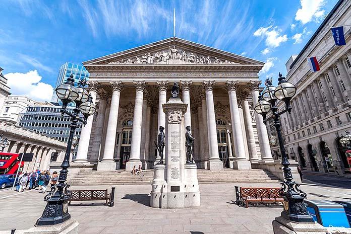 Famous buildings rebuilt after tragedies - Royal Exchange London