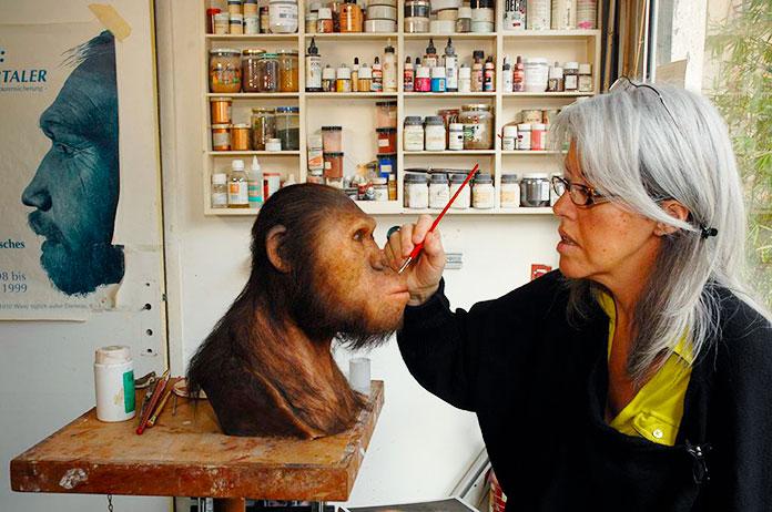 Elisabeth Daynès: la paleoartista que reconstruye los rostros a partir de huesos.