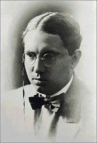 Escritores peruanos famosos - Abraham Valdelomar.
