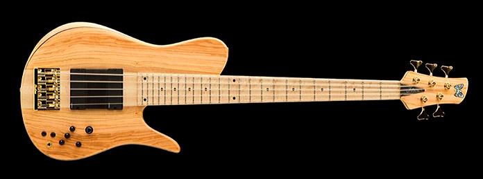 Fodera Imperial Bass firmado por Richard Bona