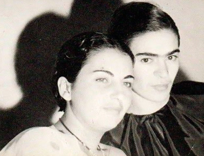Cristina y Frida Kahlo, 1926