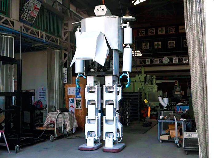 Hajime Robot 43, el robot humanoide tripulado inspirado en las series anime de los '80