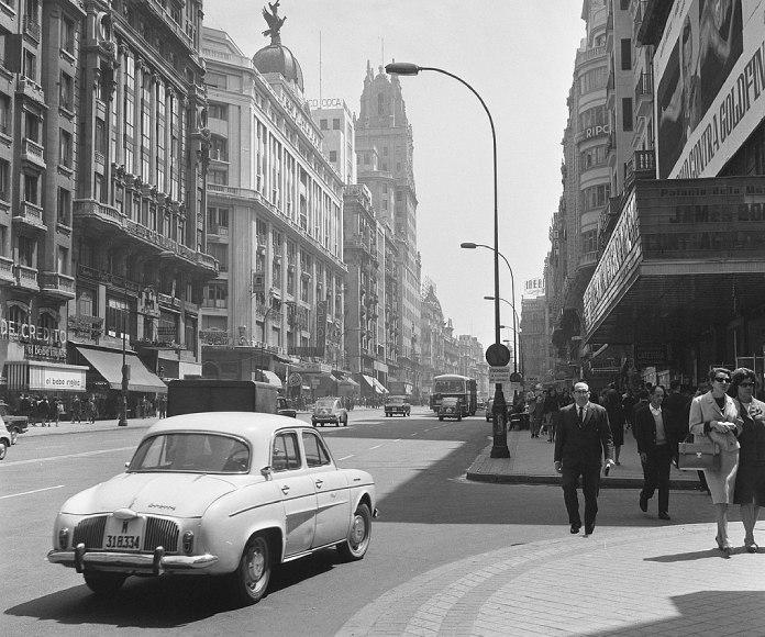 Hallan 7.800 fotografías de Madrid de hace medio siglo