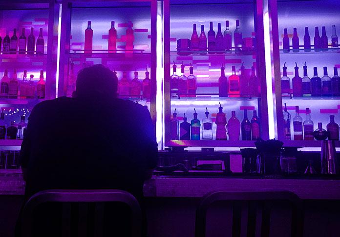 Historias de terror famosas - El camarero fantasma