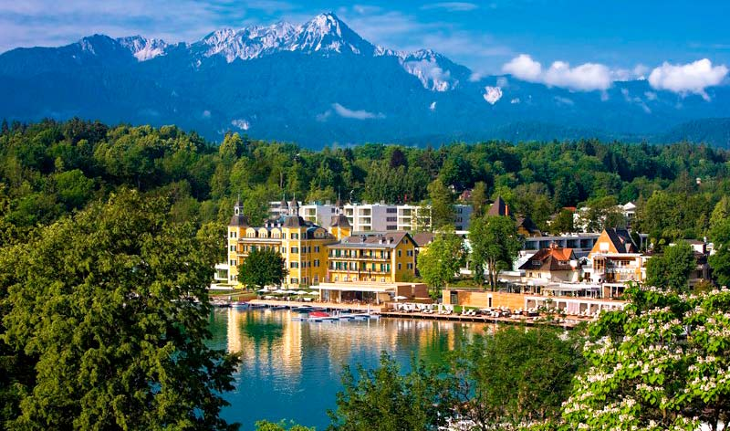 Hotel Schloss Velden en el lago Wörthersee