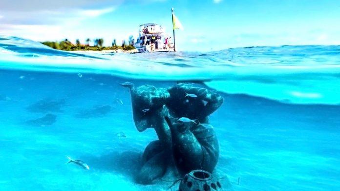 Jason deCaires Taylor y sus sobrecogedoras esculturas submarinas
