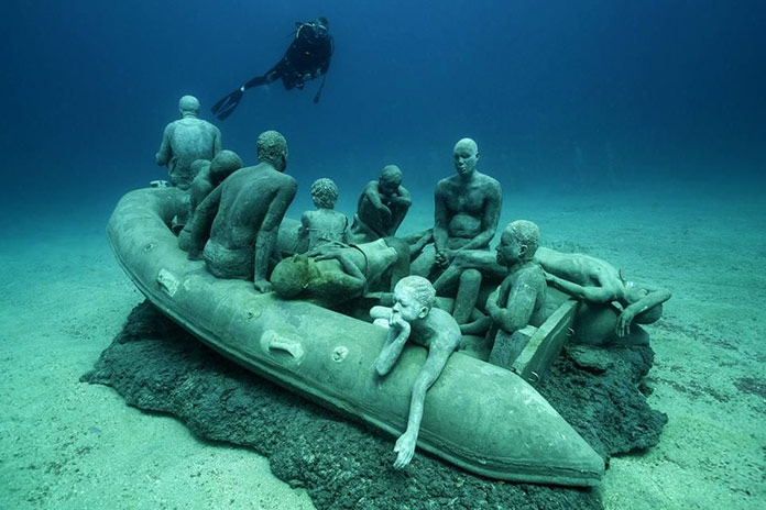 Jason deCaires Taylor: The Raft of Lampedusa
