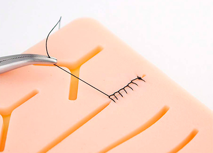 Producto extraño de Amazon - Kit de práctica de sutura