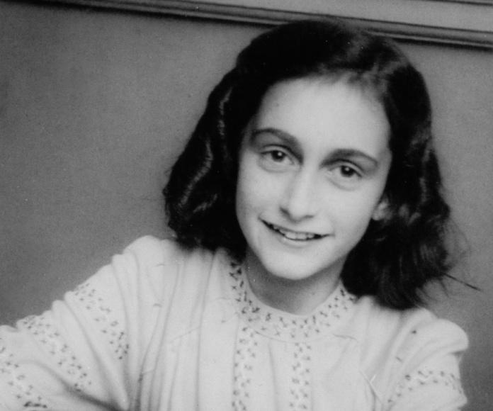 La Lazio rinde homenaje a Ana Frank como respuesta a sus ultras