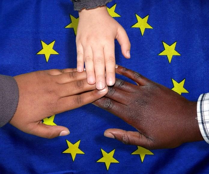 La UE analiza un plan para aligerar cargas ante la inmigración masiva