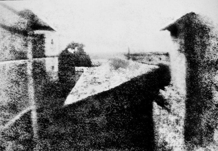 La primera fotografía de la historia punto de vista en la ventana en Le Gras