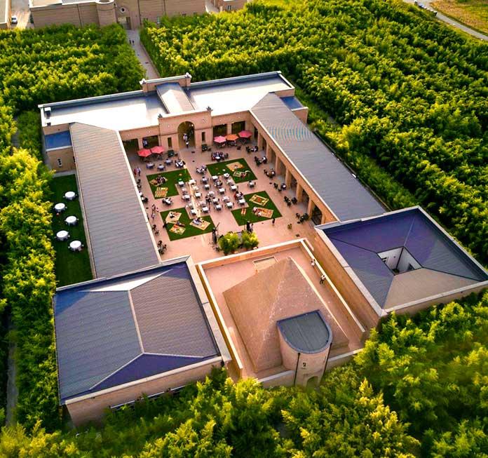 Vista aérea del patio central del Labirinto della Masone