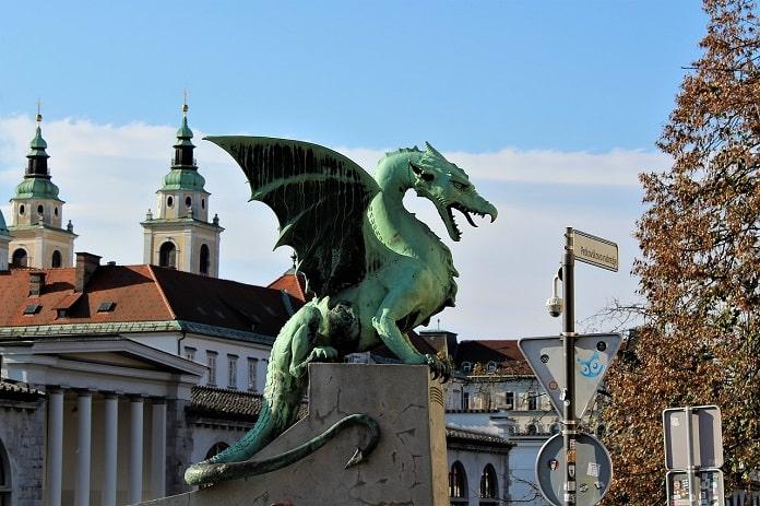 Puente de Dragones, Liubliana.