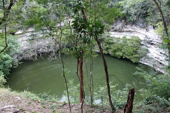 Mexico+Cenote-Yucatan