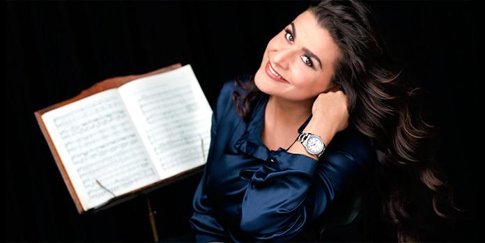 Mezzosoprano Anna Yúrievna Netrebko
