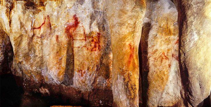 Pinturas rupestres hechas por neandertales hace 65.000 años.