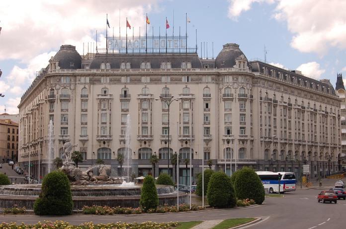 Paseo-del-Prado-Hotel-Palace