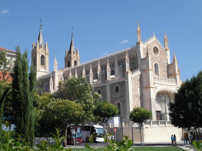 Paseo-del-Prado-Iglesia-San-Jeronimo