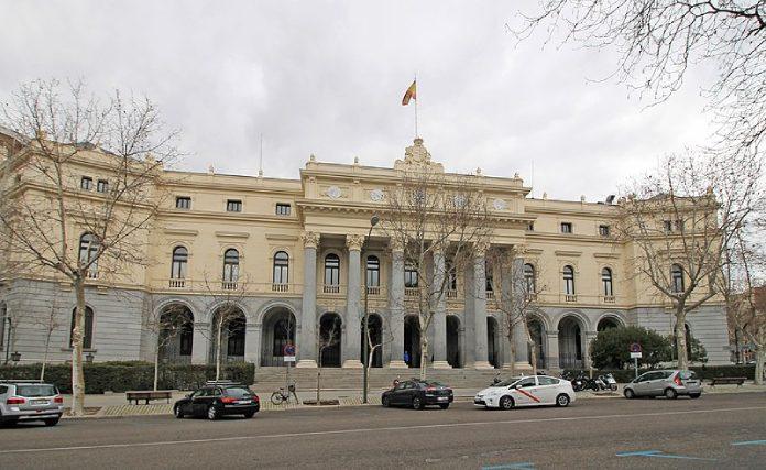 Paseo-del-Prado-Palacio-de-La-Bolsa