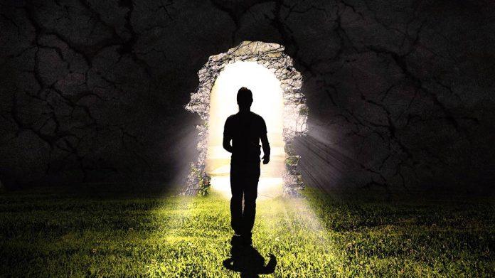 Qué hay más allá de la muerte según la religión, la filosofía, la ciencia y 5 personas que volvieron a la vida después de muertas
