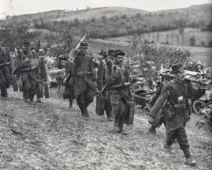 Retirada de tropas al Río Marne.
