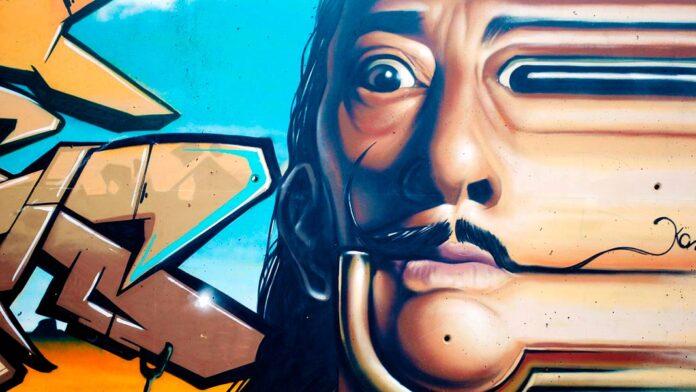 Curiosidades que no sabías sobre Salvador Dalí: un genio único y excéntrico