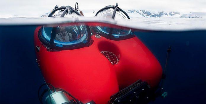 Susanne Lockhart desciende a las profundidades del Antártico.