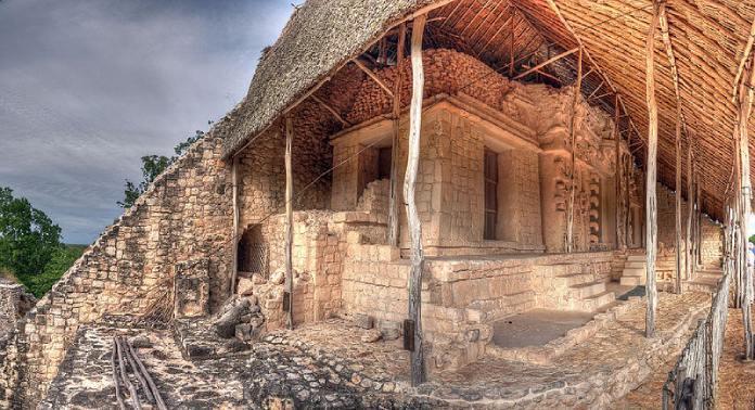 Templos mayas. Ek Balam. La Acrópolis.