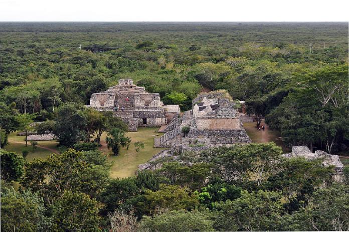 Templos mayas. Ek Balam. Vista panorámica.