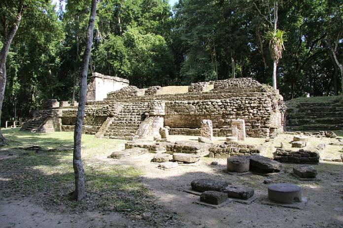 Templos mayas. Topoxté. Vista de Topoxté.