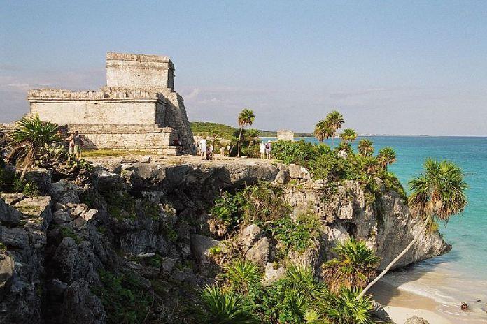 Templos mayas. Tulum. Vista.