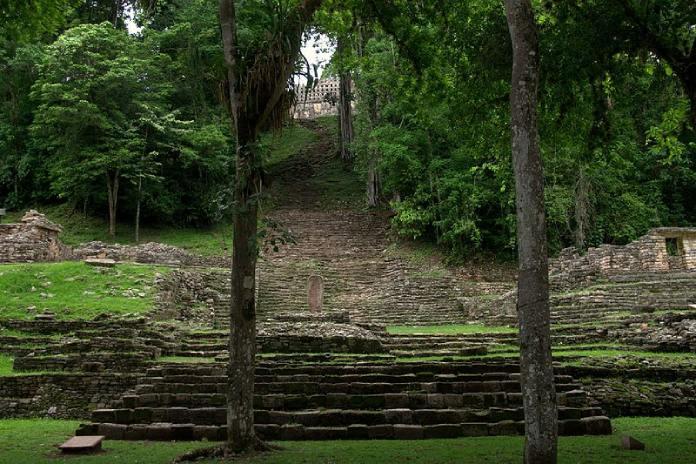 Templos mayas. Yaxchilán. Vista de Yaxchilán.