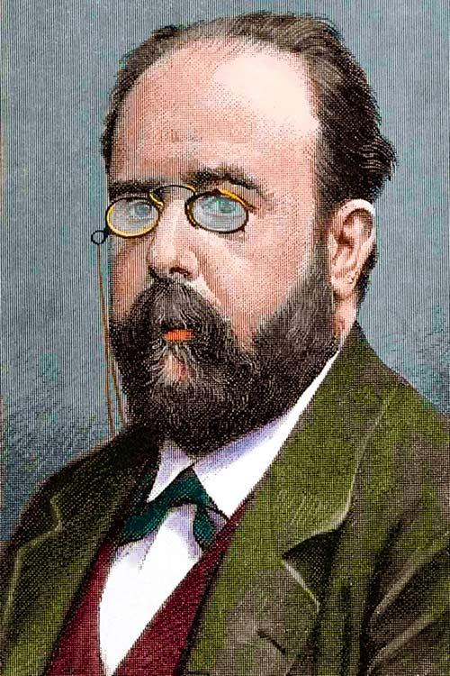 Teodoro Llorente Olivares